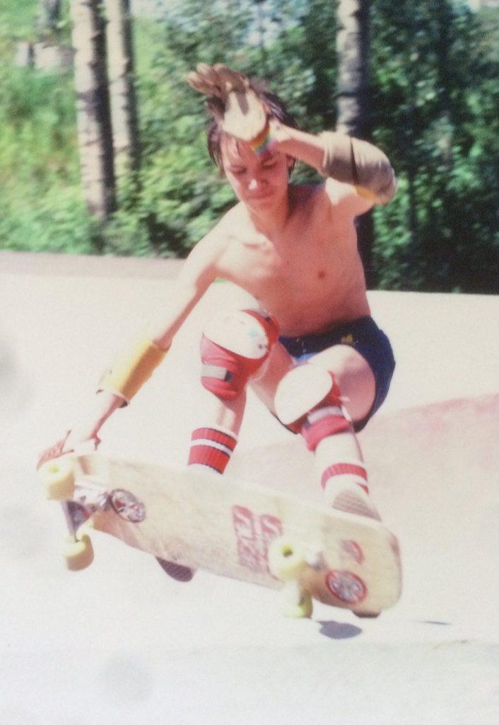 SNFU singer skateboarding in 1979